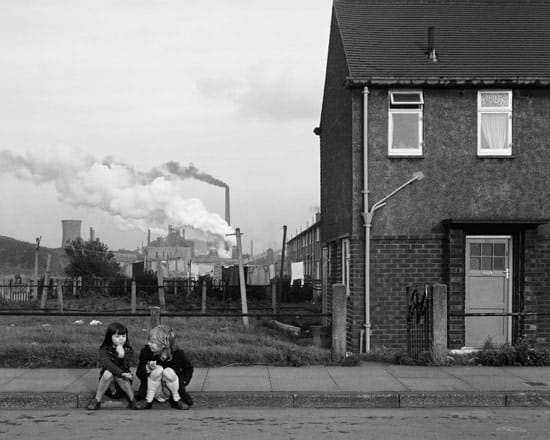 Chris_Killip_Blog_Two-girls,-Grangetown,-Middleborough,-Teeside,-1975