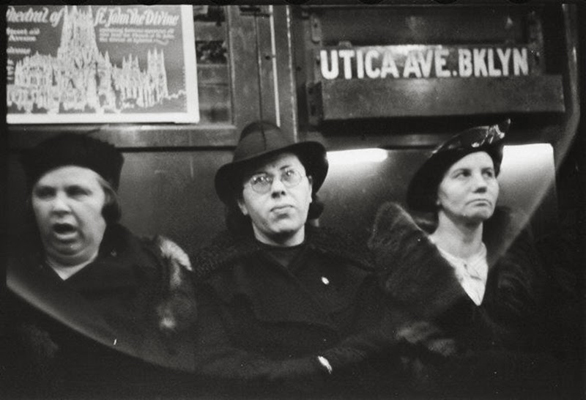 Subway-Passengers-New-York-